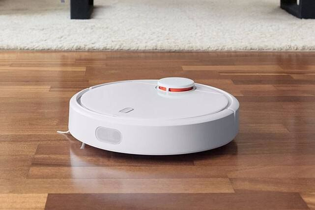 A dust sensor used in a sweeping robot