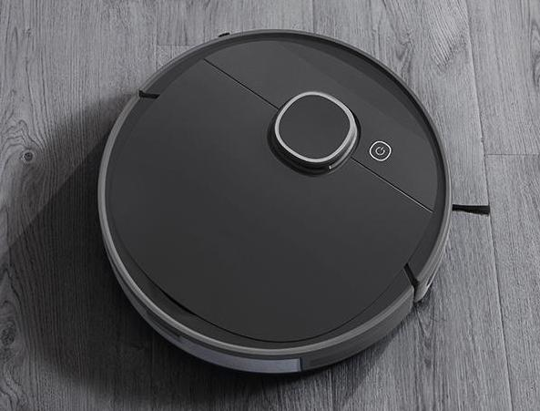 A sweeping robot with built-in particle sensor for cleanliness